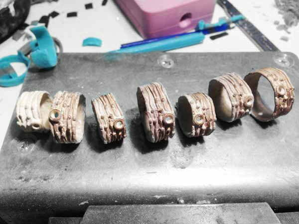 vacuum-gieten-ringen-zilver-goud-matrijs-maken-edelmetaal-gieterij